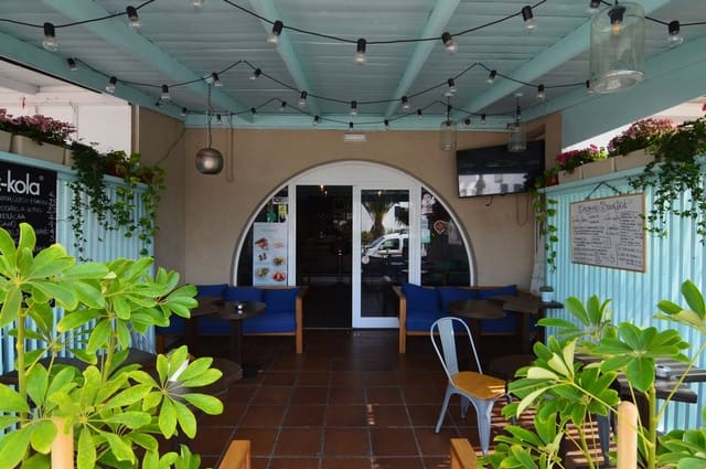 1 chambre Local Commercial à vendre à Corralejo - 290 000 € (Ref: 5445851)