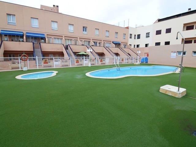 Casa de 2 habitaciones en Corralejo en venta con piscina - 139.000 € (Ref: 5627290)