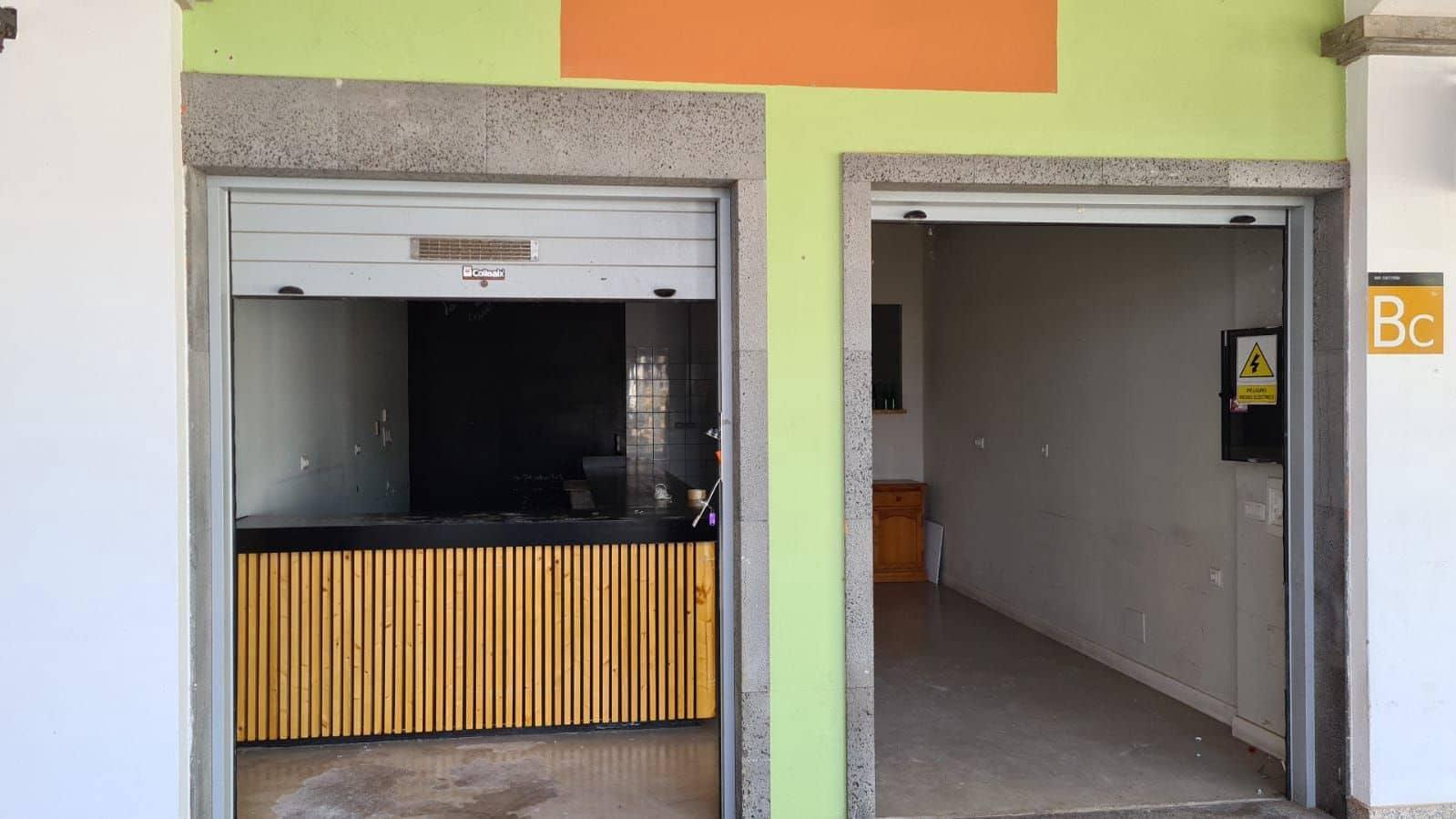 Kommersiell att hyra i Corralejo - 2 400 € (Ref: 6078433)