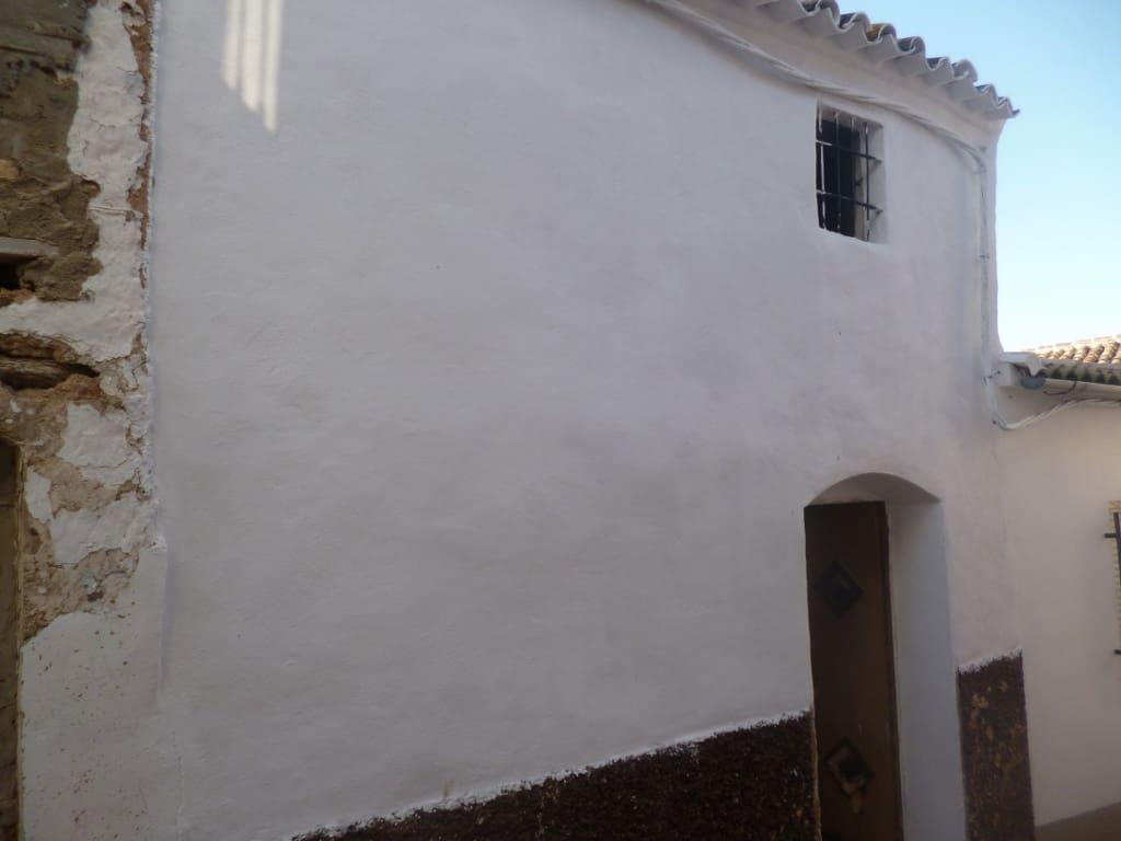 Ruine à vendre à Pruna - 38 000 € (Ref: 5130537)