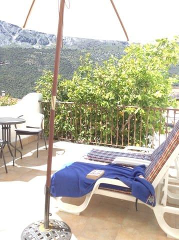 2 soverom Hus til salgs i Jimera de Libar - € 65 000 (Ref: 5648145)