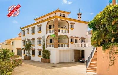 8 bedroom Villa for sale in Benajarafe with garage - € 745,000 (Ref: 5185737)