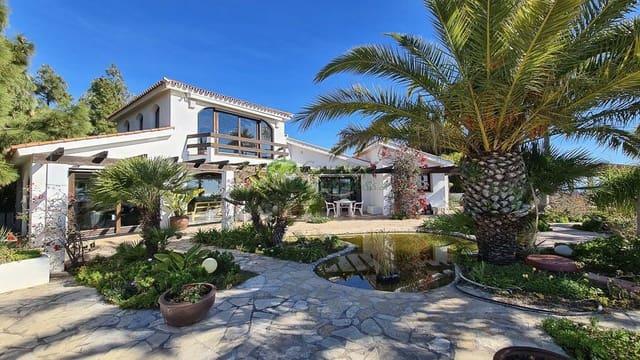 4 soveværelse Finca/Landehus til salg i Benajarafe med garage - € 1.086.000 (Ref: 5943825)