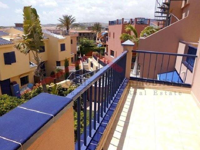 3 sovrum Lägenhet till salu i Meloneras med pool - 498 000 € (Ref: 3398275)
