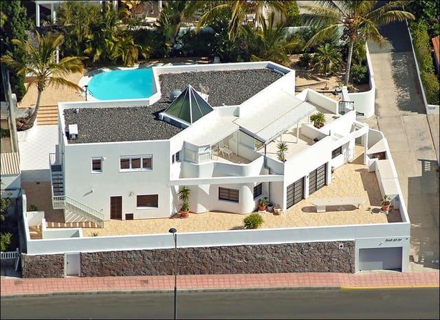 6 soverom Villa til salgs i Amadores med svømmebasseng garasje - € 1 380 000 (Ref: 4282508)