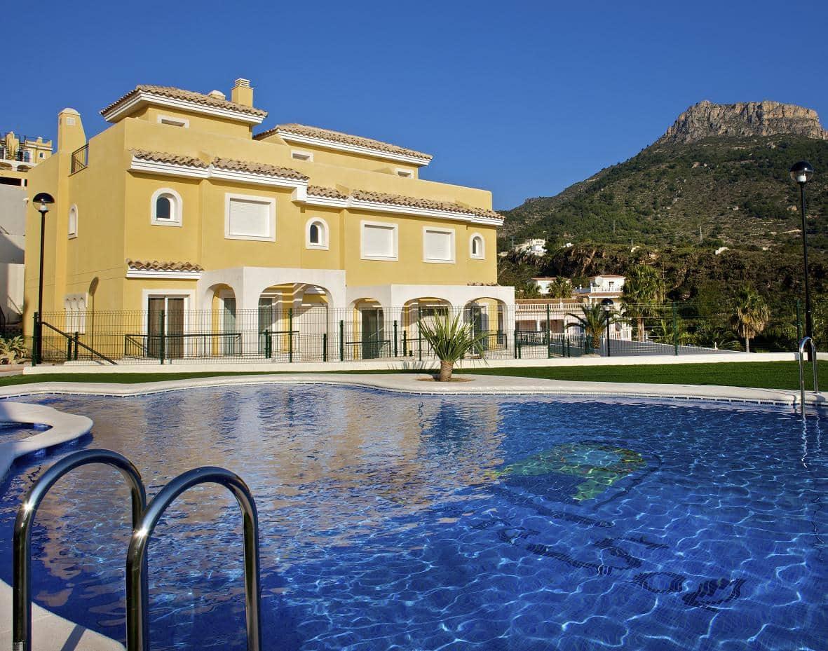 3 soverom Hus til salgs i Montesol med svømmebasseng - € 240 000 (Ref: 5324772)