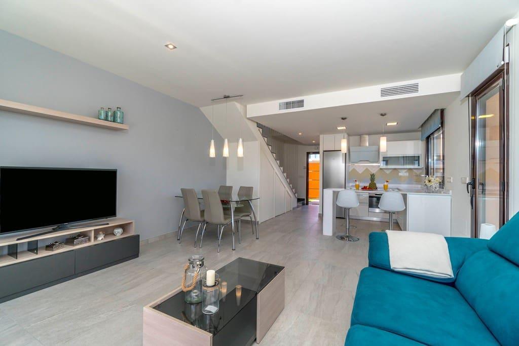 2 bedroom Villa for sale in San Pedro del Pinatar with pool - € 225,000 (Ref: 4012508)