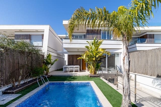 3 soveværelse Villa til salg i Blue Lagoon med swimmingpool - € 369.000 (Ref: 6011622)
