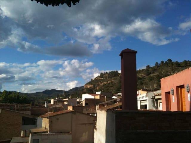 Piso de 3 habitaciones en Tivenys en venta - 59.000 € (Ref: 3821318)