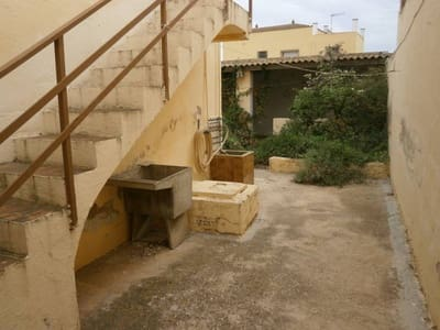 4 bedroom Villa for sale in L'Aldea with garage - € 39,000 (Ref: 5224043)