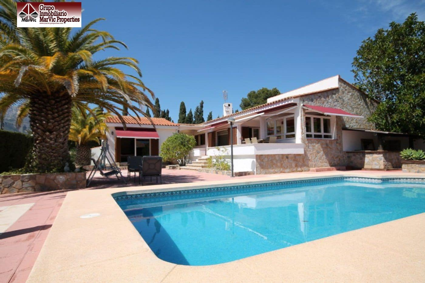 4 bedroom Villa for rent in Barranco Hondo with pool - € 2,500 (Ref: 4857151)