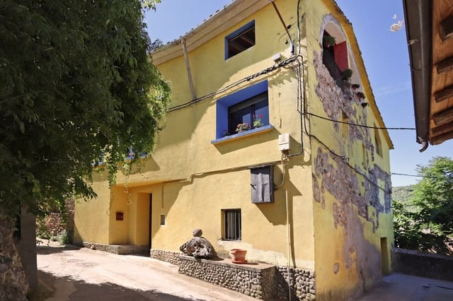5 bedroom Finca/Country House for sale in Secastilla - € 195,000 (Ref: 6122163)