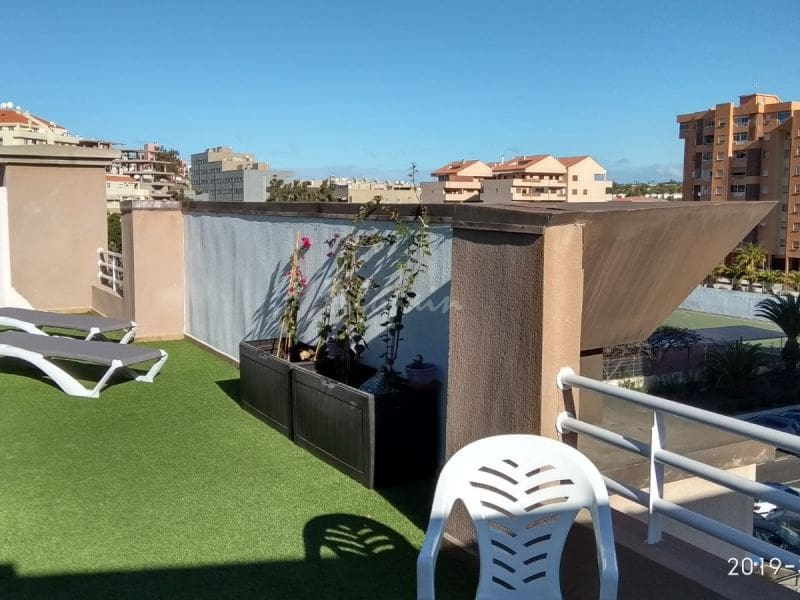2 bedroom Penthouse for sale in Los Cristianos - € 320,000 (Ref: 4986468)