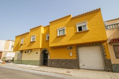 4 bedroom Apartment for sale in Santa Maria del Aguila with garage - € 117,000 (Ref: 5384709)