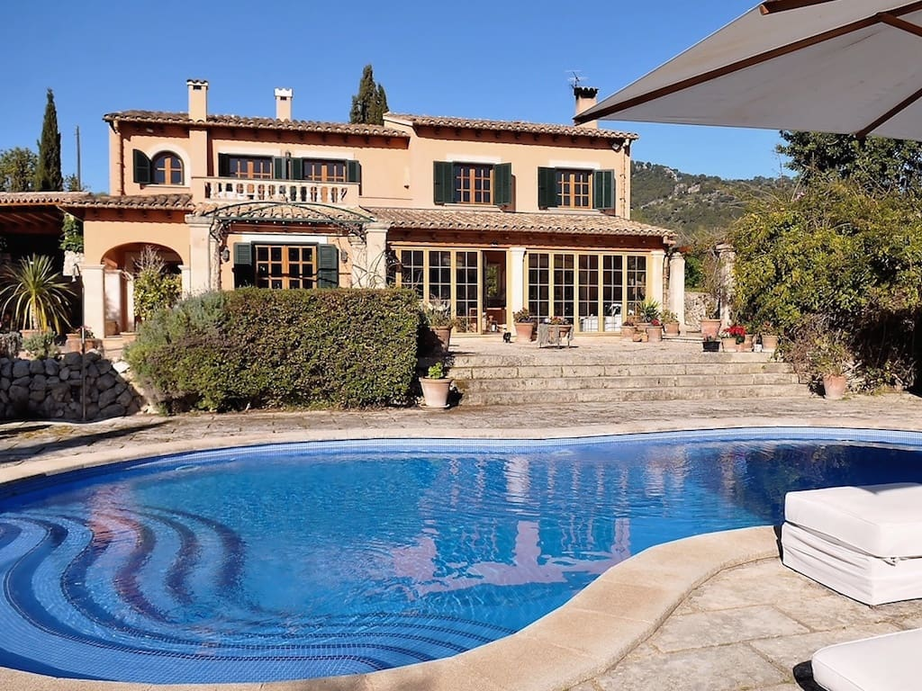 4 bedroom Finca/Country House for sale in Es Capdella with pool garage - € 2,490,000 (Ref: 4766344)