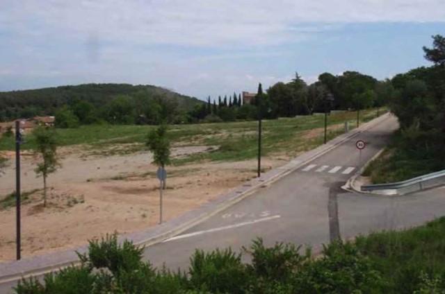Landgrundstück zu verkaufen in Saus - 95.000 € (Ref: 3551625)