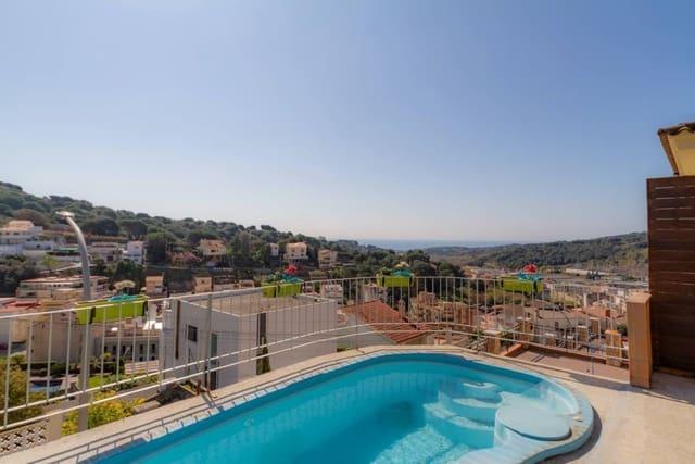 4 sypialnia Dom na sprzedaż w Arenys de Munt z basenem - 495 000 € (Ref: 5568817)