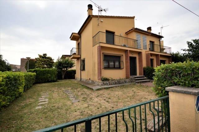 3 soverom Hus til salgs i Sant Pere Pescador - € 159 000 (Ref: 5791752)