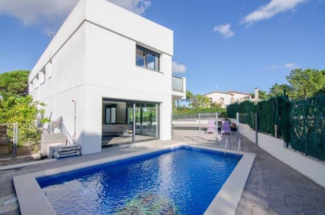 Casa de 8 habitaciones en Santa Cristina d'Aro en venta con piscina - 485.000 € (Ref: 5800346)