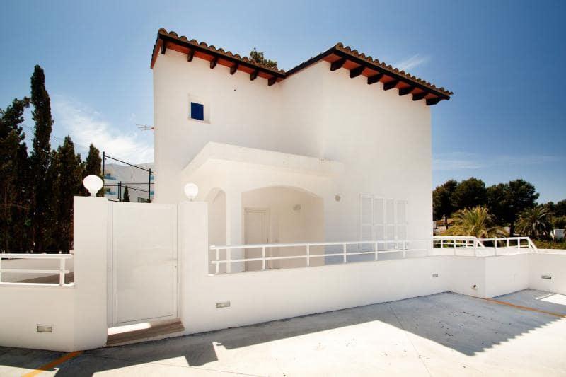 3 sovrum Semi-fristående Villa att hyra i Costa de la Calma - 1 500 € (Ref: 5277379)