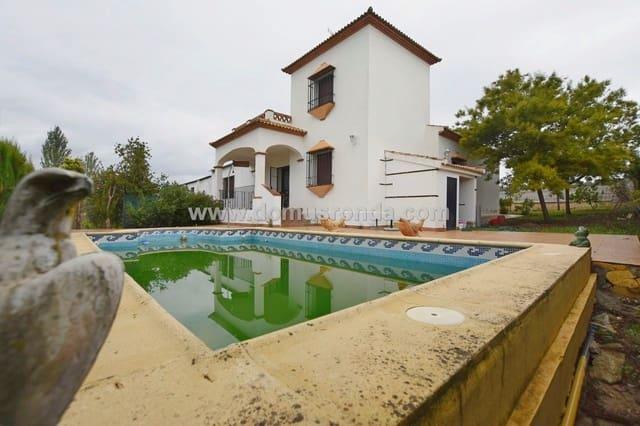 Chalet de 3 habitaciones en Arriate en venta con piscina - 186.000 € (Ref: 5606375)