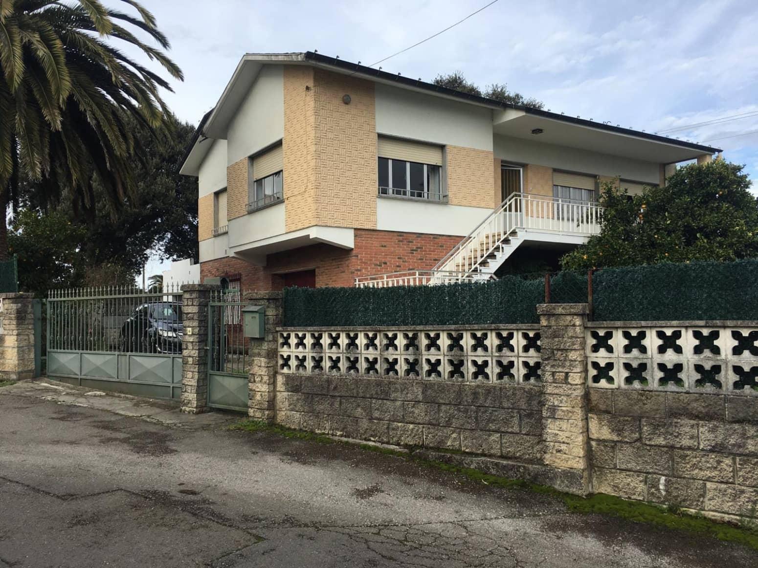 Chalet de 3 habitaciones en Puente San Miguel en venta con garaje - 250.000 € (Ref: 4819865)