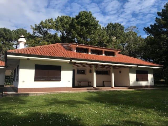 6 sovrum Villa till salu i Loredo med garage - 795 000 € (Ref: 4819873)