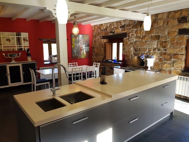 4 sypialnia Willa na sprzedaż w Luena - 310 000 € (Ref: 4966618)