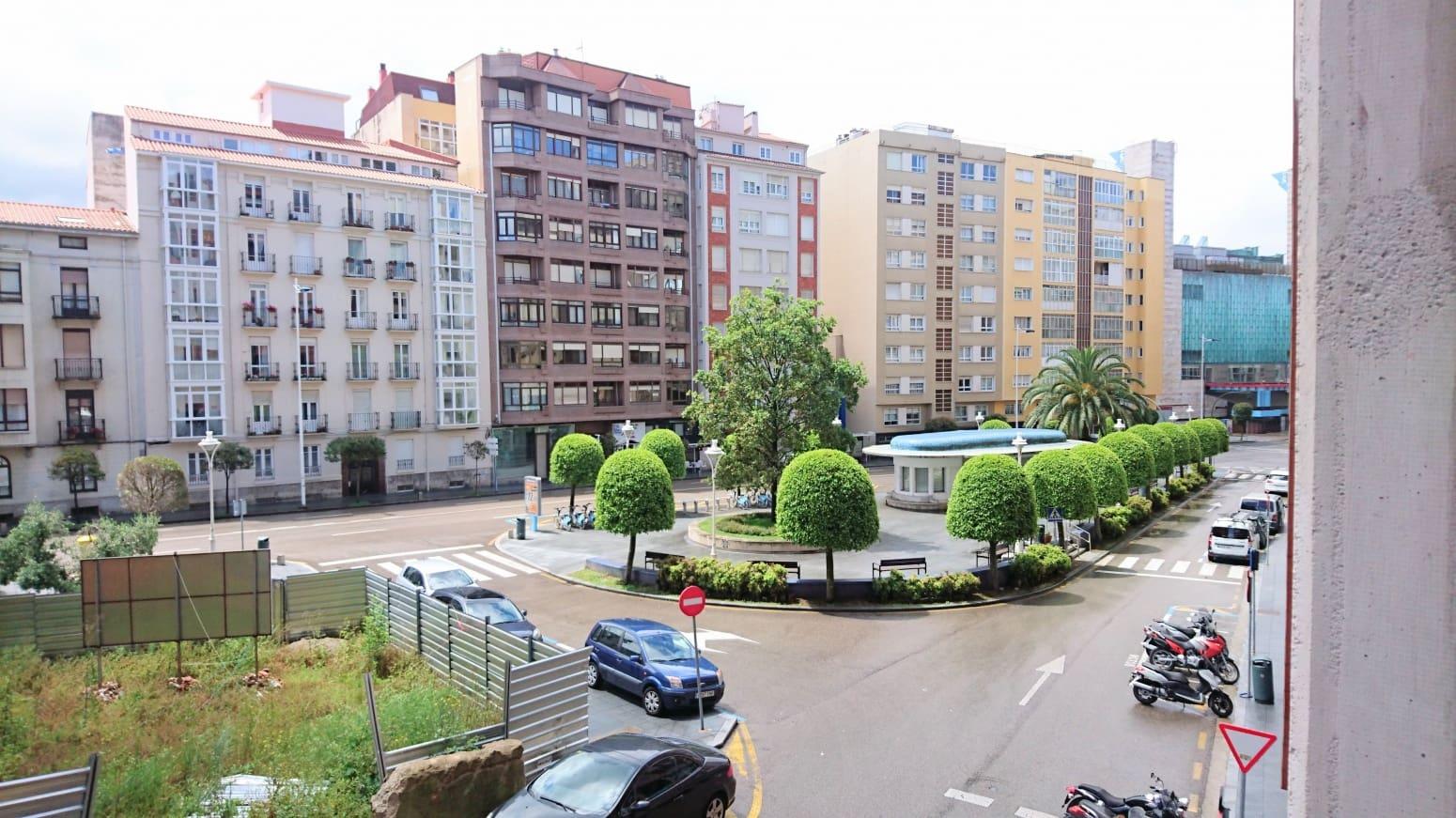 2 slaapkamer Flat te huur in Santander - € 700 (Ref: 5122866)