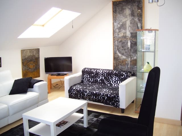 2 slaapkamer Flat te huur in Somo met garage - € 1.500 (Ref: 5326063)