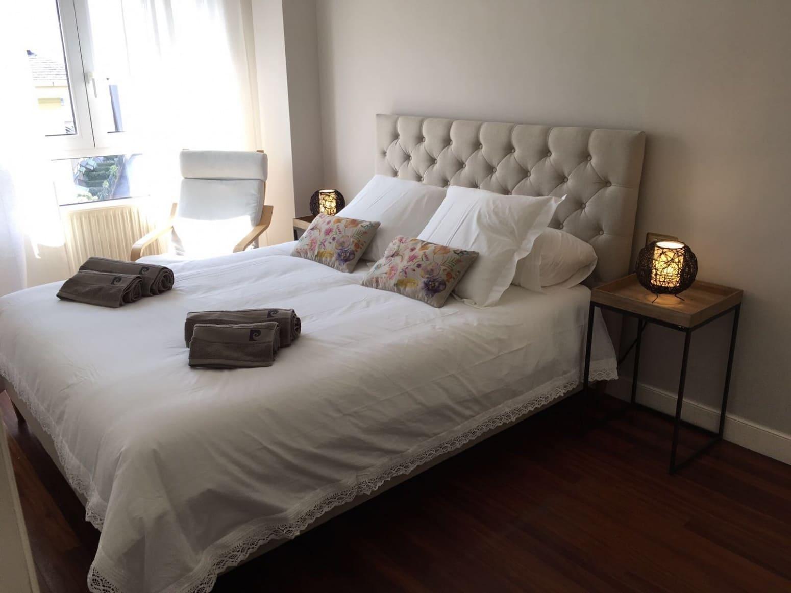 2 bedroom Flat for rent in Santander - € 2,500 (Ref: 5386732)