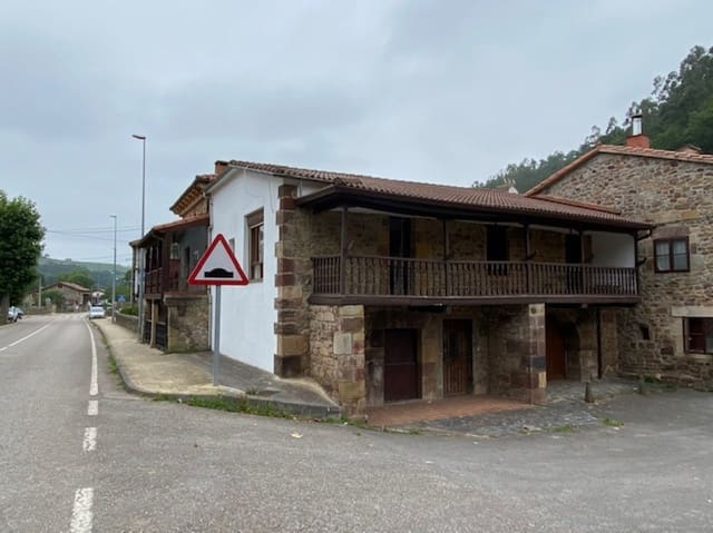 5 sovrum Villa till salu i Rubalcaba - 139 900 € (Ref: 5443364)