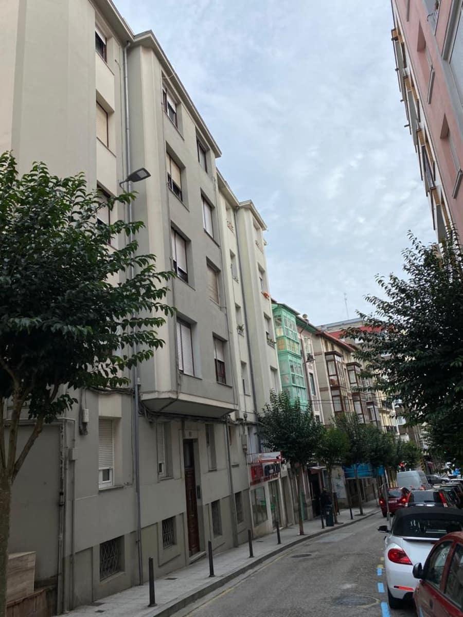 4 chambre Appartement à vendre à Santander - 92 000 € (Ref: 5692624)