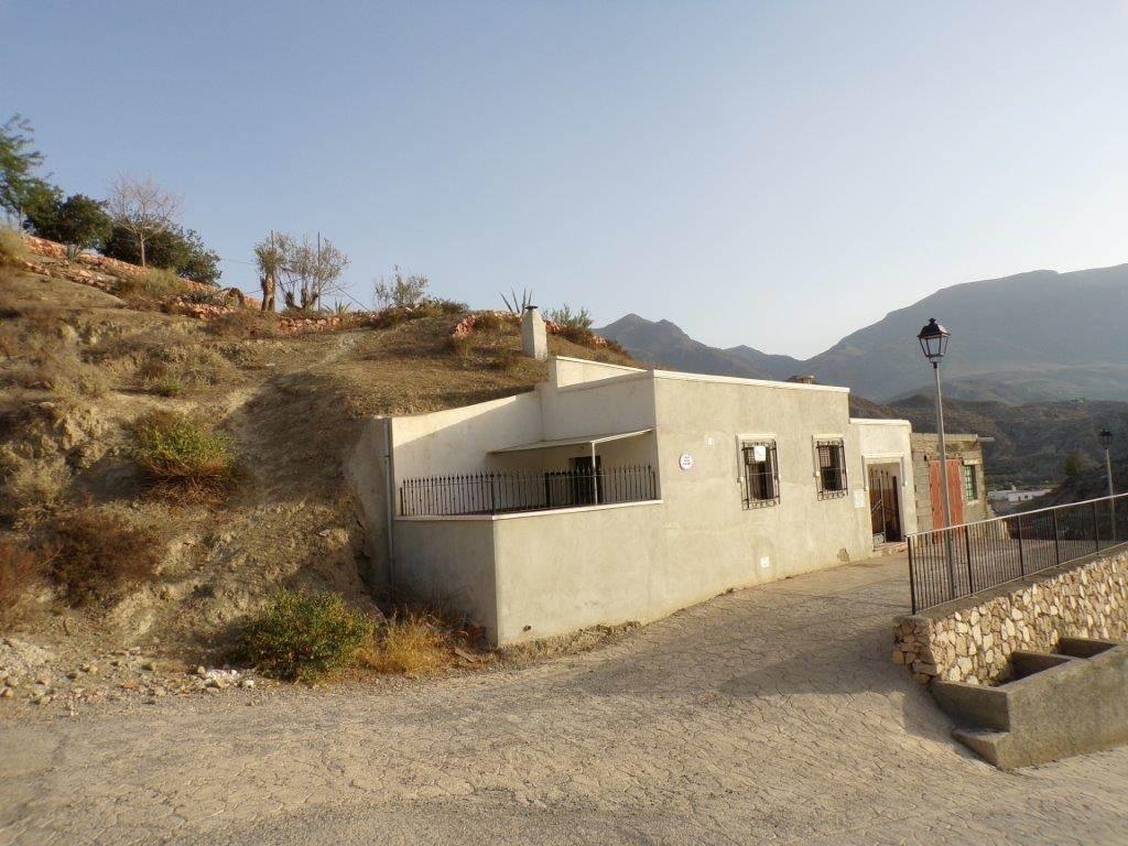 2 soveværelse Hulehus til salg i Terque - € 49.500 (Ref: 3480224)