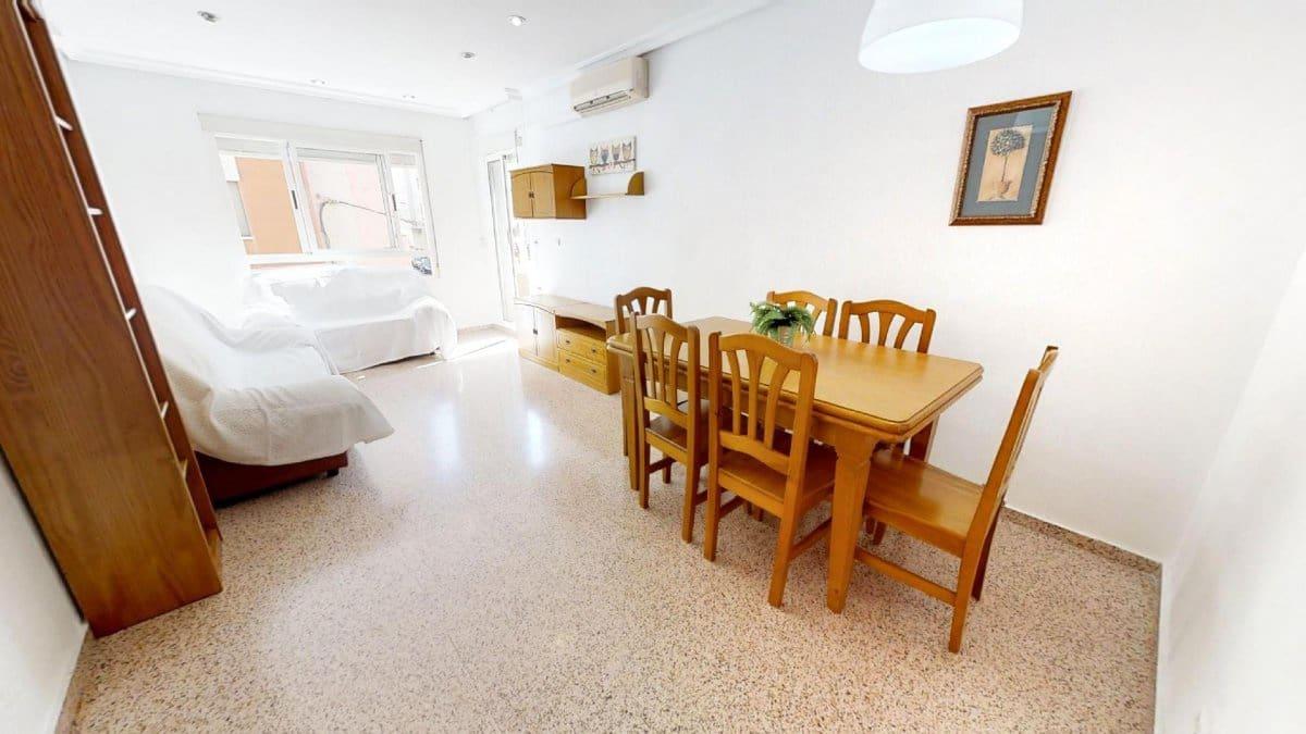 Piso de 3 habitaciones en Benijófar en venta con garaje - 120.500 € (Ref: 5080437)
