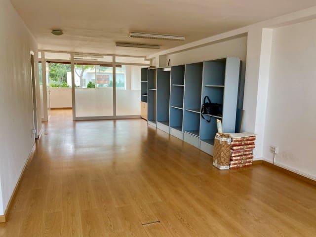 Kontor til leie i Portals Nous - € 1 000 (Ref: 5864923)