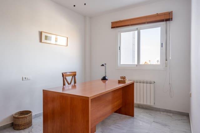 Pareado de 4 habitaciones en Cájar en venta con piscina garaje - 265.000 € (Ref: 5000687)