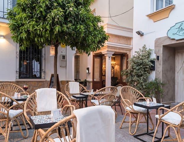 10 sypialnia Hotel na sprzedaż w Marbella - 2 975 000 € (Ref: 5467048)