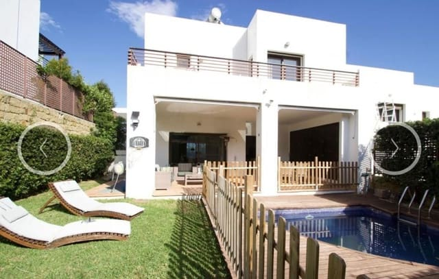 4 slaapkamer Huis te huur in Benalmadena met zwembad garage - € 2.600 (Ref: 5583899)