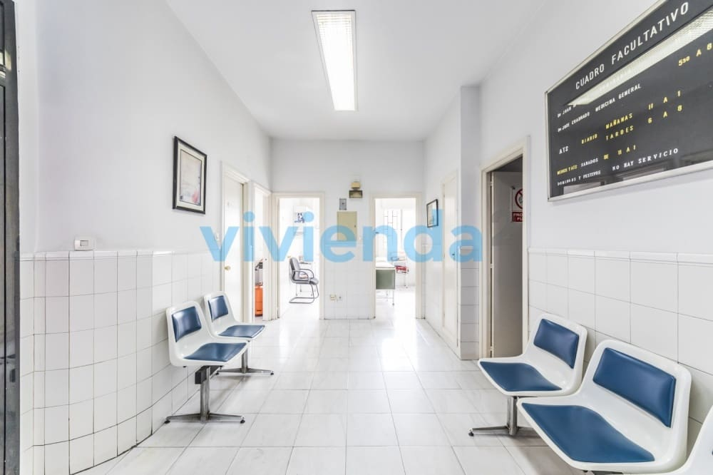 Negocio de 4 habitaciones en Madrid ciudad en venta - 164.000 € (Ref: 4867572)