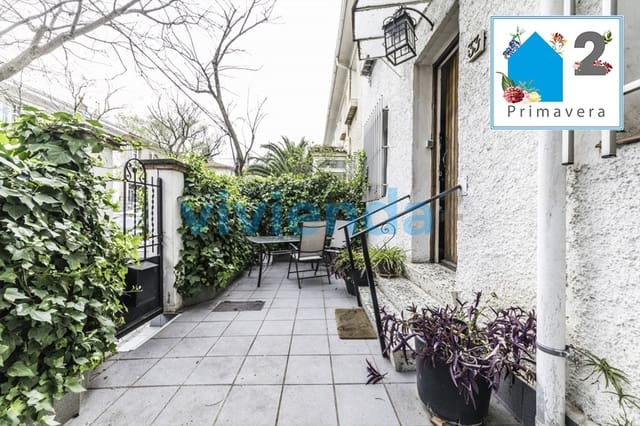 4 sypialnia Dom blizniak na sprzedaż w Miasto Madryt - 899 000 € (Ref: 5177364)