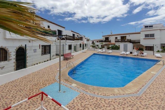 2 bedroom Terraced Villa for sale in Costa del Silencio with pool - € 127,000 (Ref: 4744738)