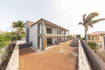 2 bedroom Terraced Villa for sale in San Sebastian de la Gomera with pool garage - € 350,000 (Ref: 5176270)