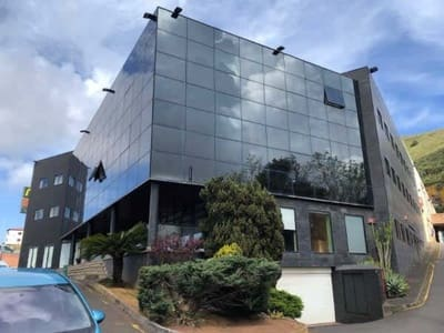 Office for sale in Guamasa - € 245,000 (Ref: 5211920)