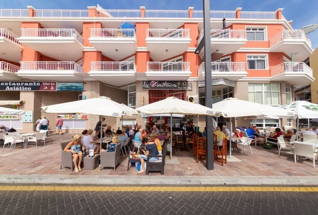 Comercial para venda em Playa San Juan - 63 000 € (Ref: 6176122)
