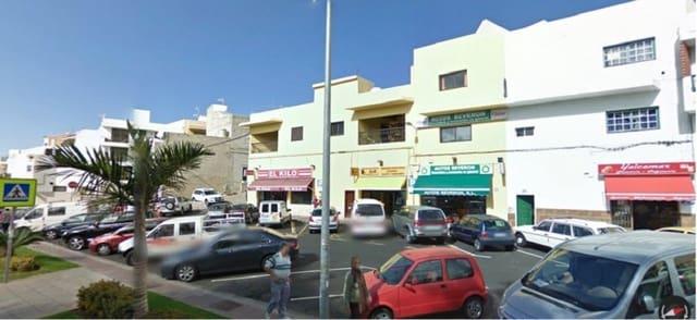 Commercial for sale in La Camella - € 117,800 (Ref: 6176229)
