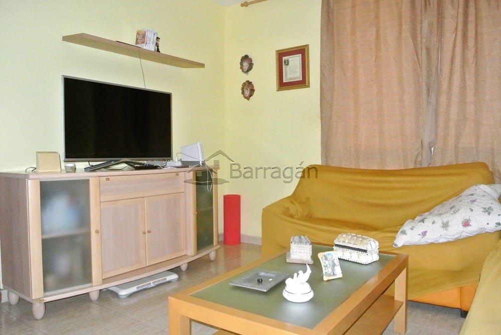 4 bedroom Apartment for sale in Puerto del Rosario - € 200,000 (Ref: 3818519)
