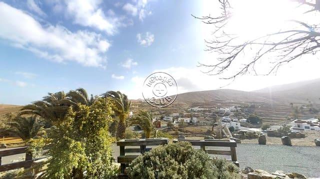 4 chambre Finca/Maison de Campagne à vendre à Agua de Bueyes - 240 000 € (Ref: 4138973)