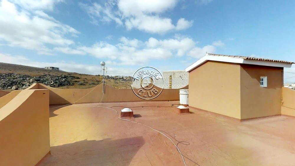 4 bedroom Finca/Country House for sale in Agua de Bueyes - € 240,000 (Ref: 4138973)