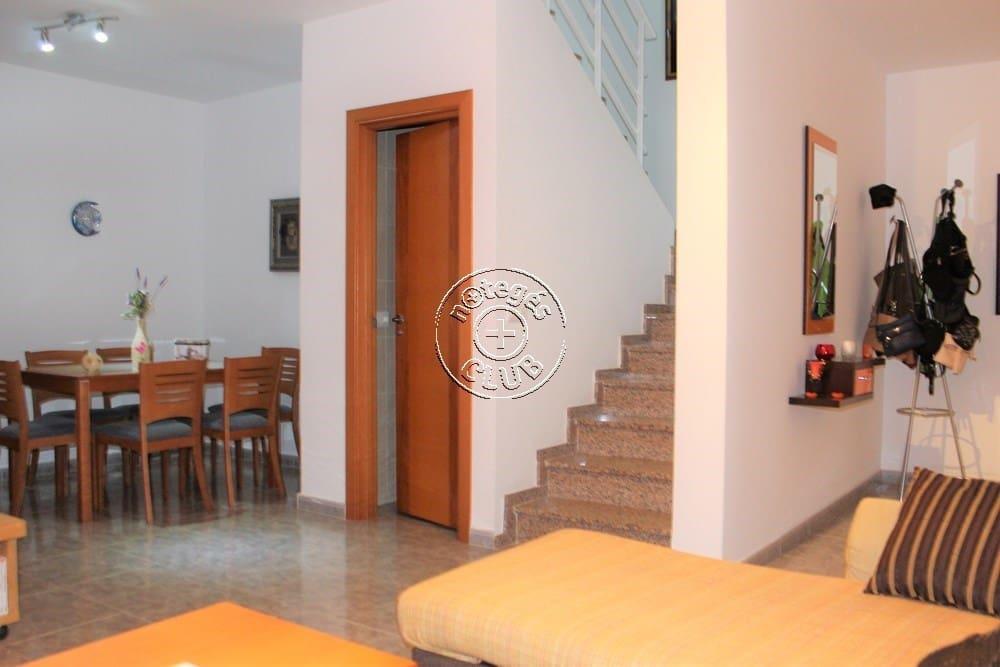 Adosado de 3 habitaciones en El Matorral en venta - 160.000 € (Ref: 4266527)